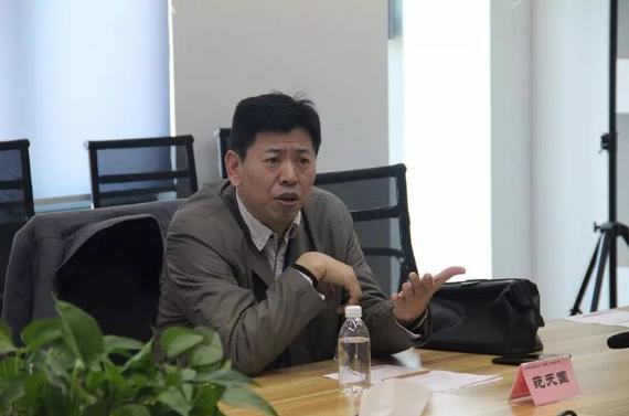"""中嘉博众集团携手共兴达签约""""订单式""""信息技术人才培养"""